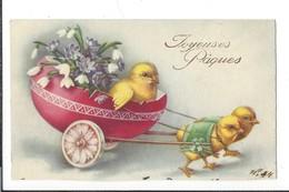 16801 - Joyeuses Pâques Poussins Tirant Un Oeuf Char Avec Poussin Et Fleurs - Pâques