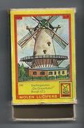 NL.- Burgh. Zeeland. Molen Lucifers  240 - Stellingmolen - De Graanhalm - Luciferdoosje - Matchbox. 2 Scans - Luciferdozen