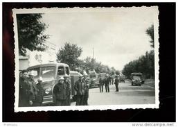 PHT6 Photo 7x10 Camion Berliet Et Pompiers De Lavelanet, Années 50, à Localiser Peut être à Saint Gaudens Haute Garonne - Cars