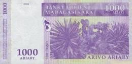 MADAGASCAR P. 89b 1000 A 2004 UNC - Madagascar