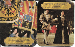 Bruxelles (1000) - Folklore : 2 Sous-bocks Stella Artois, N° 27 Et 34, Illustrant Le Cortège Historique De L'Ommegang. - Vieux Papiers