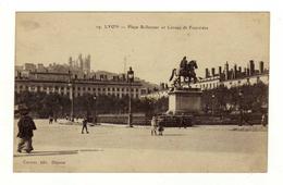 Cpa N° 19 LYON Place Bellecour Et Coteau De Fourvière - Lyon