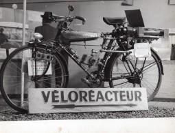 France Expo Arts Menagers Veloreacteur Pierre Noubel Aviation 5 Anciennes Photos 1951 - Cycling
