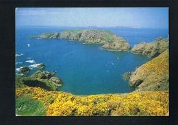 GUERNSEY -- UNITED KINGDOM -SARK - Brechou -  Voyagée Avec 2 Beaux  Timbres -Recto Verso- Paypal Free - Guernsey