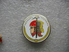 Pin's Sapeurs Pompiers, Secours En Rochers - Feuerwehr