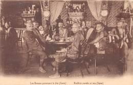 THAILANDE / Les Bonzes Prennent Le Thé - - Thailand