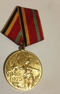 Medalla 1945-1975. 30 Aniversario 2ª Guerra Mundial. URSS. Rusia Comunista - Rusia