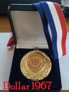 Medaille-Medal-médaille-Machinefabriek Veenstra-Glazenborg -Winschoten - Professionals/Firms