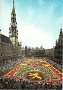 Bruxelles (1000) - Patriotisme : Grand'Place - L'Union Fait La Force Du Tapis De Fleurs. Belle Animation. CPSM. - Bruxelles La Nuit