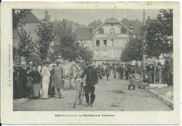 Toucy,le Marché Aux Volailles - Toucy