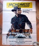 Affiche De Cinema - MONDWEST, Yul BRYNNER, Richard BENJAMIN, James BROLIN - 80x60 Cm - Other Collections