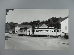 PHOTO SUISSE TN NEUCHATEL 2 MOTRICES BE 2/4 AU TERMINUS DE BOUDRY COLLECTION B.FAVIERE 1968 - Treinen
