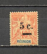 REUNION   N° 52   NEUF AVEC CHARNIERE COTE  10.00€   TYPE GROUPE - Réunion (1852-1975)