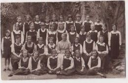 Girls School Class 3B 1922, Surrey C.H. Price Croydon RP Postcard, B707 - Surrey