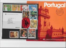 Pochette Timbres CTT 1988 - 1910-... Republic