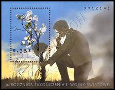 Polonia / Poland 2015: Foglietto 70 Anni Fine II Guerra Mondiale / 70th Anniversary Of The End Of WWII S/S ** - Militaria