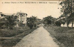 Douala - Avenue Charles Et Place Martial-Merlin 1921 (000132) - Kamerun
