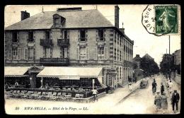 CPA ANCIENNE- FRANCE- RIVA-BELLA (14)- HOTEL DE LA PLAGE EN TRES GROS PLAN- ANIMATION- TERRASSE- AUTOMOBILE - Riva Bella