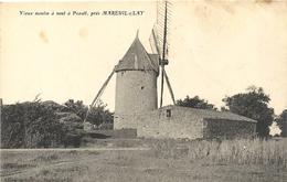 PEAULT PRES MAREUIL SUR LAY - Windmühlen