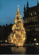 Bruxelles (1000) : Noël 1989 Sur La Grand'Place - Le Sapin Enluminé. CPSM. - Bruxelles La Nuit
