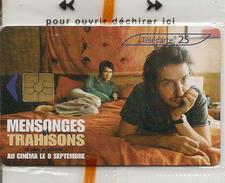 TC-PUBLIC-25U-F1325A-GEM2--07/04-FILM-MENSONGES ET TRAHISON 2-NSB-LUXE - France