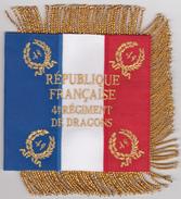 """Fanion Drapeau 4 éme Régiment Dragons Valmy 1792 / Indochine / AFN Et Koweït 1991 """" Le 4 RD Cavalerie Est Dissous 2014 """" - Bandiere"""