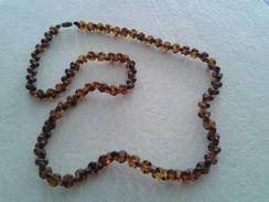 Collier Ancien Avec Petites Pierres Couleur Miel - Longueur 34cm - Necklaces/Chains
