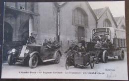 """CPA Animée 353è Régiment D'Artillerie """"Les Dépanneurs"""" Clermont-Ferrand - Régiments"""