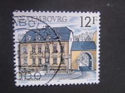 Luxembourg. 1987. Yvert N° 1131 Ob. Architecture Rurale. Le Centre Médical à Merch.