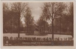 AK - KOPENHAGEN - Anlæget Foran HUSARKASERNEN 1924 - Dänemark