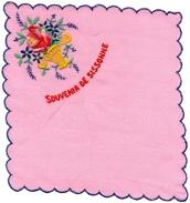 MOUCHOIR - POCHETTE  Souvenir De SISSONNE  - Motif  Brodée Panier Fleurs - Mouchoirs