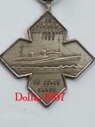 Medaille :Netherlands  - W.S.V  9 E Koningin. Juliana Mars 1956 - .club De Marche - Netherland
