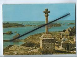 CPM - Ile De Brehat -(Côtes Du Nord ) - L'Ile Des Fleurs - La Croix Saint Michel - Ile De Bréhat