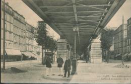 75 - Paris - Sous Le Métropolitain - Boulevard De Grenelle - France