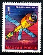 HONGRIE. N°2578 Oblitéré De 1977. Soyouz-Saliout.