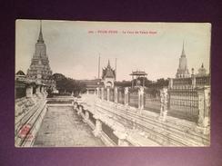 18 - Carte Postale De Phon Penh La Cour Du Palais Royal - Non Circulée - Cambodge