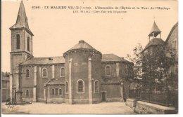 L103A_355 - Le Malzieu Ville - 6298 L'Ensemble De L'Eglise Et La Tour De L'Horloge - Autres Communes