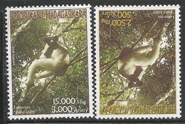 2003 Malagasy Madagascar Lemur Indiri  Complete Set Of 2 MNH - Madagascar (1960-...)