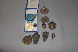 Lot De Médailles De Sport - Militaria