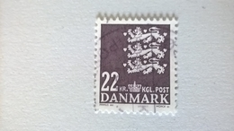 N° 1392       22 Kr  Brun-noir