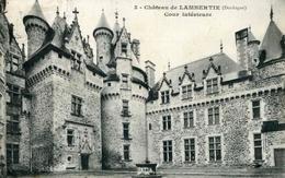 3 - CHATEAU DE LAMBERTIE - Cour Intérieure (date 1911) - France