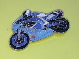 PINS 21 -  MOTO, Motorbike, Motorcycle MICHELIN, CASTROL, MINOLTA - Motos