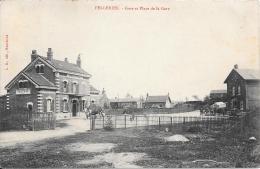 59 - FELLERIES - Gare Et Place De La Gare - Altri Comuni