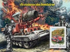 GUINE BISSAU 2015 SHEET FIREFIGHTERS VEHICLES FIRE ENGINES POMPIERS BOMBEIROS BOMBEROS FEUERWEHRMAN Gb15205b - Guinea-Bissau