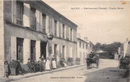 17 - CHARENTE MARITIME / Saujon - Family House - Beau Cliché Animé - Saujon