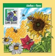 GUINE BISSAU 2015 SHEET BEES ABEJAS BIENEN ABELHAS ABEILLES INSECTS FLOWERS FLEURS FLORES Gb15403b - Guinea-Bissau