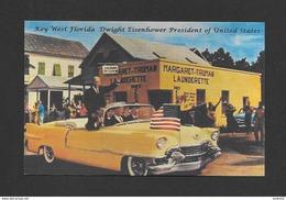 HOMMES POLITIQUES - PRÉSIDENT OF UNITED STATES DWIGHT EISENHOWER EN VISITE À KEY WEST FLORIDA - MAGNIFIQUE CADILLAC - Hommes Politiques & Militaires