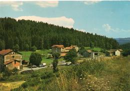 St-Sauveur La Sagne.. Belle Vue Du Village - Autres Communes