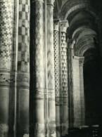 France Poitiers Eglise Notre Dame La Grande Colonnes Peintes Ancienne Photo 1960 - Places