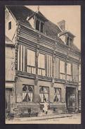 CPA 27 - LE PETIT ANDELY - Maison - TB PLAN EDIFICE + Hôtel Du Grand Cerf + ANIMATION Devant Cuisinier - Francia